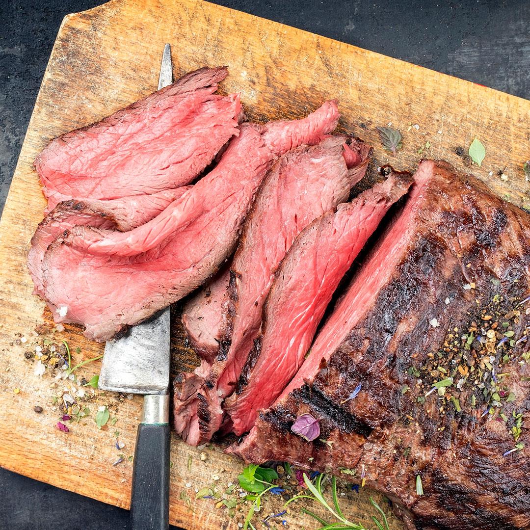 Roast-Beef con asparagi e Grana Padano.